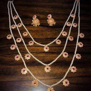 Jewelry - Antique Indian necklace